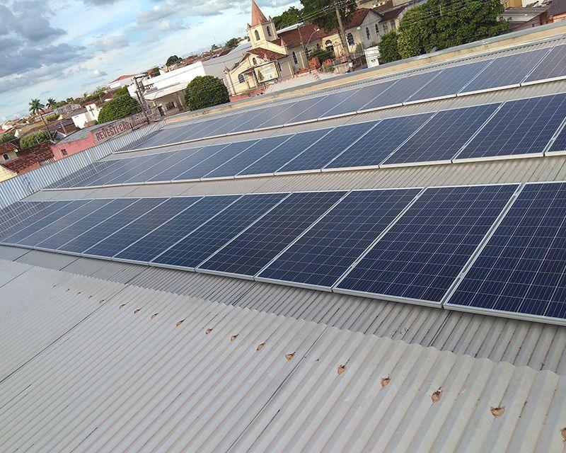 Gerador Fotovoltaico – Geração de até 2100 kWh/mês
